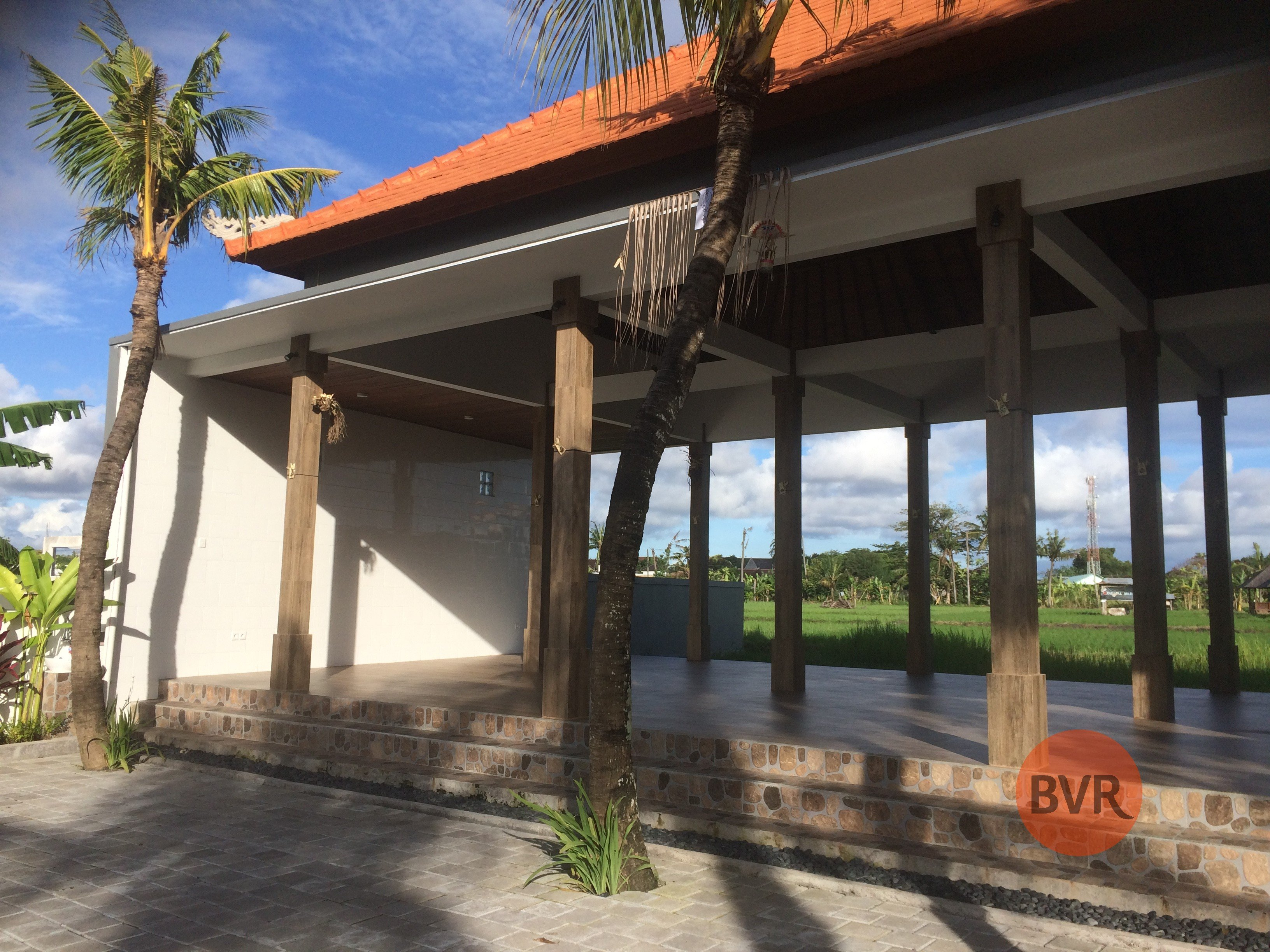 COMMERCIAL SPACE WITH RICE FIELD VIEWS FOR SALE IN UMALAS