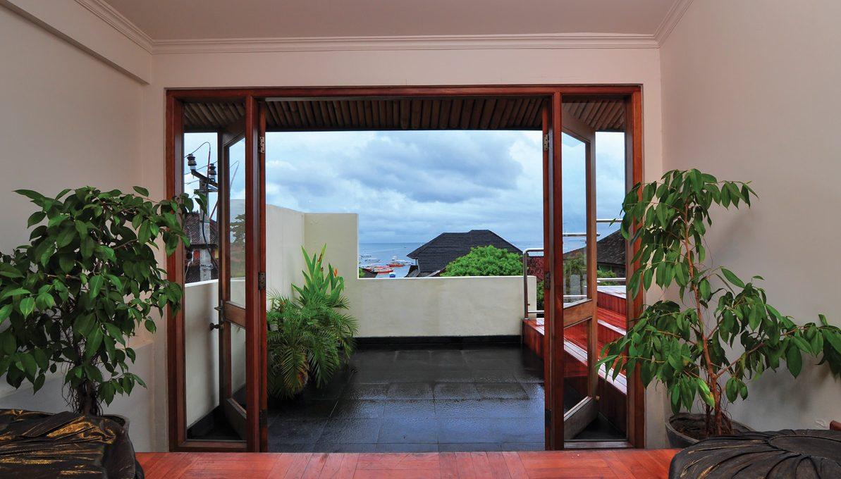 2 bed apt #1 balcony