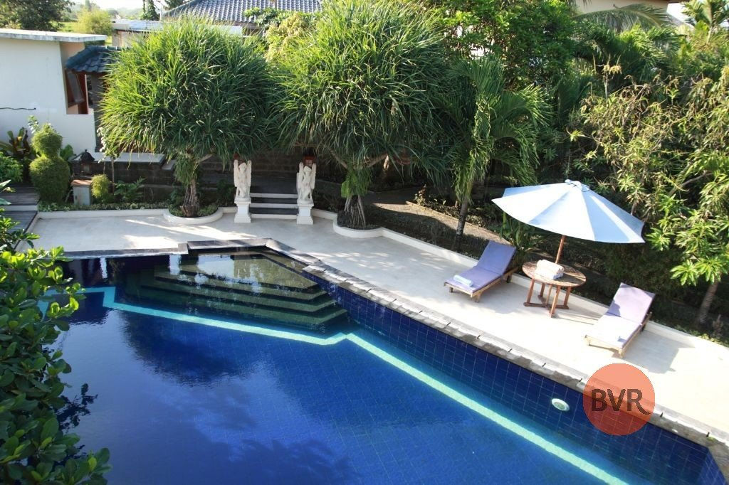 3 BEDROOM VILLA COMPLEX CLOSE TO BEACH FOR RENT IN CANGGU