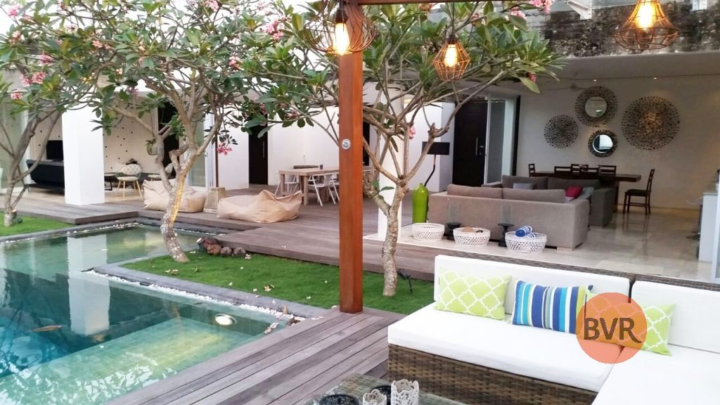 Luxury 4 Bedroom Villa By The River For Sale In Umalas