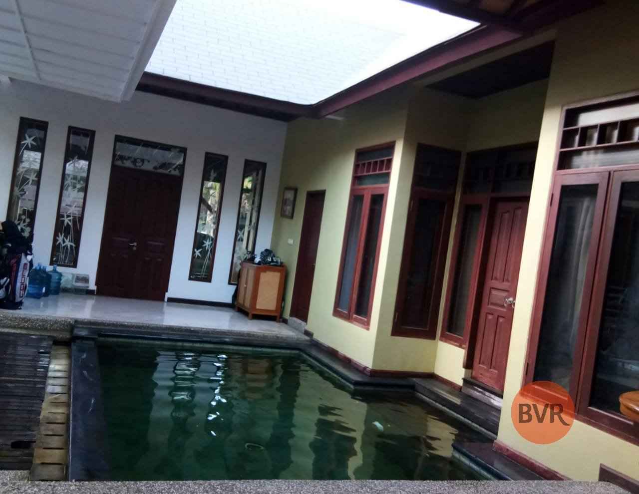 4 Bedroom Family Size Villa For Sale In Kerobokan
