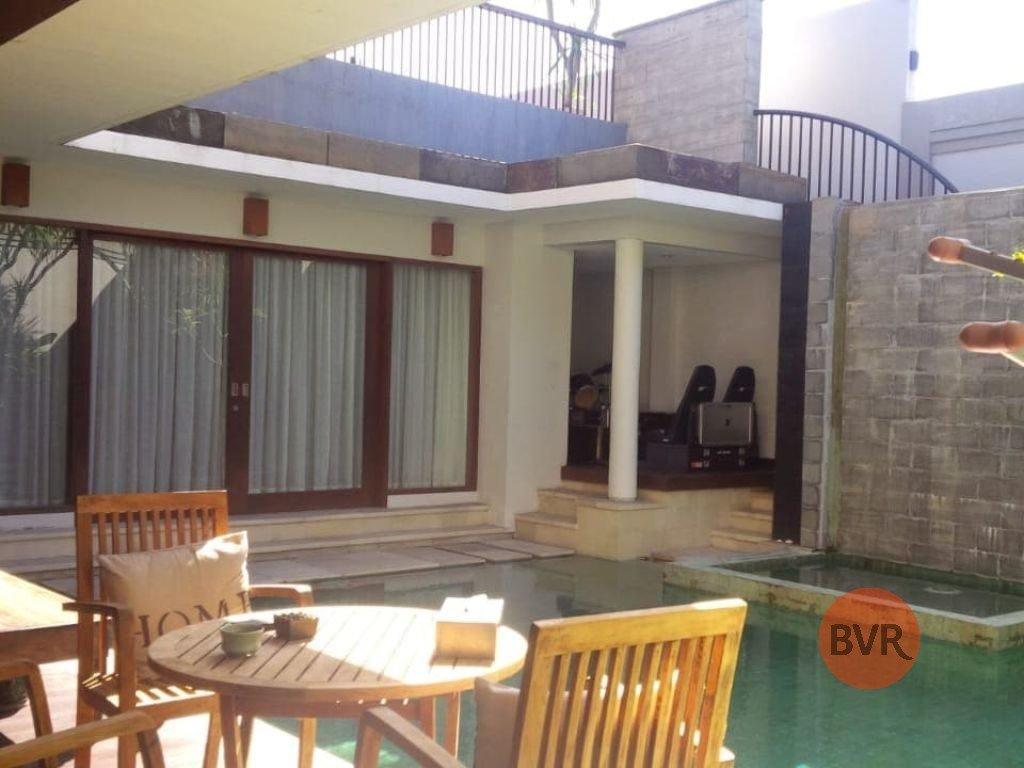 Spacious 5 Bedroom Villa For Sale In Kerobokan