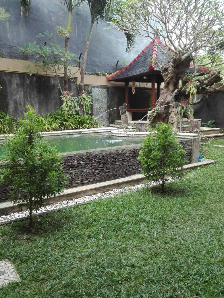 3 BEDROOM PRIVATE POOL VILLA WITH FABULOUS GARDEN FOR RENT IN NUSA DUA (RENTED)