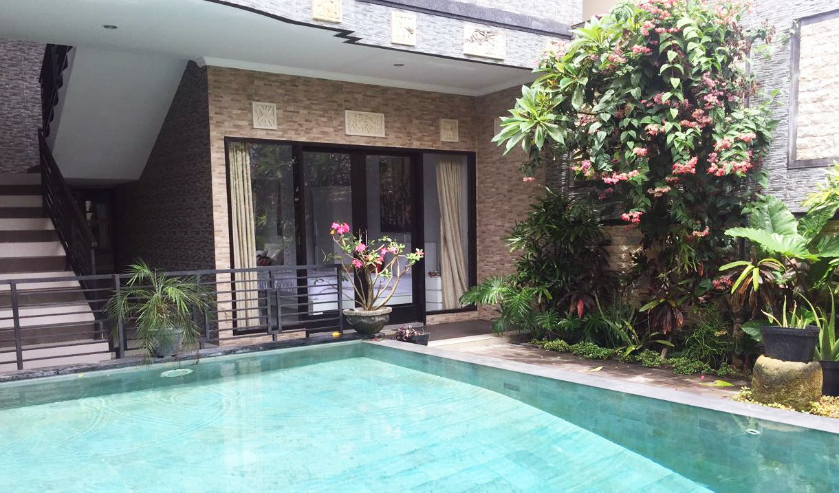 4 Bedroom Villas With Strategic Location For Sale In Canggu