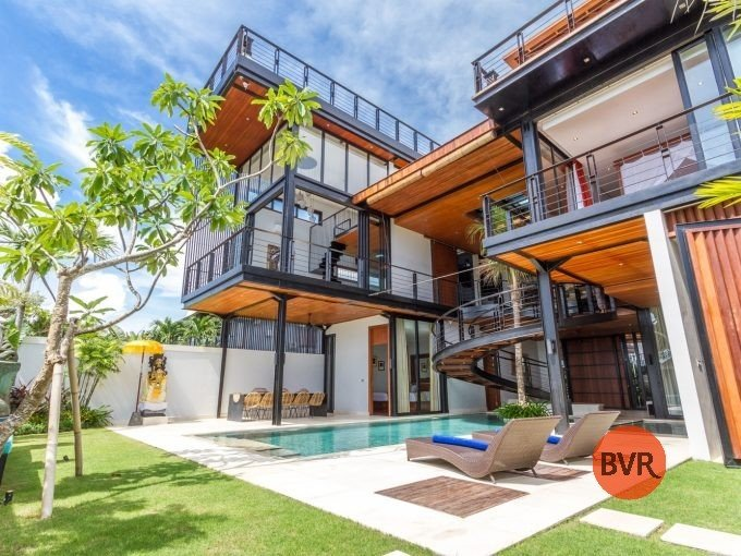 BALI VILLA LUXURY ROOFTOP OCEAN VIEW FOR LEASEHOLD SALE