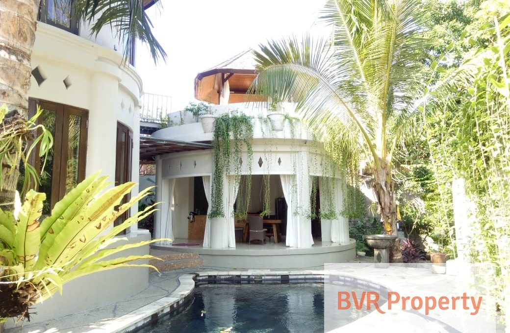 charming-3-bedr-river-view-luxury-villa-001