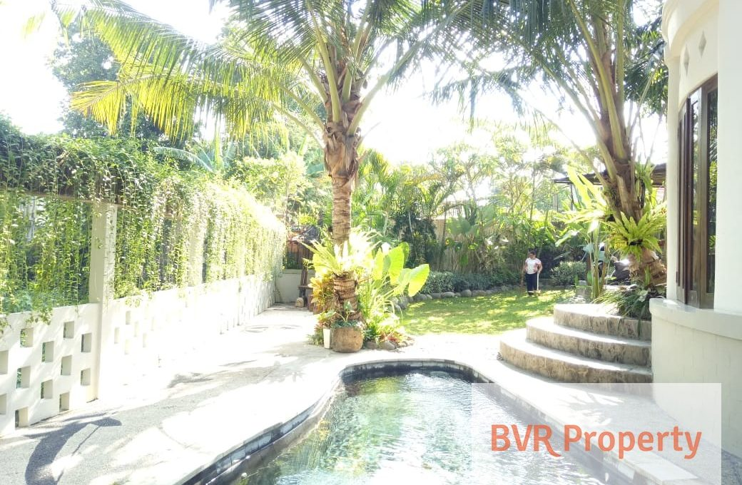 charming-3-bedr-river-view-luxury-villa-002
