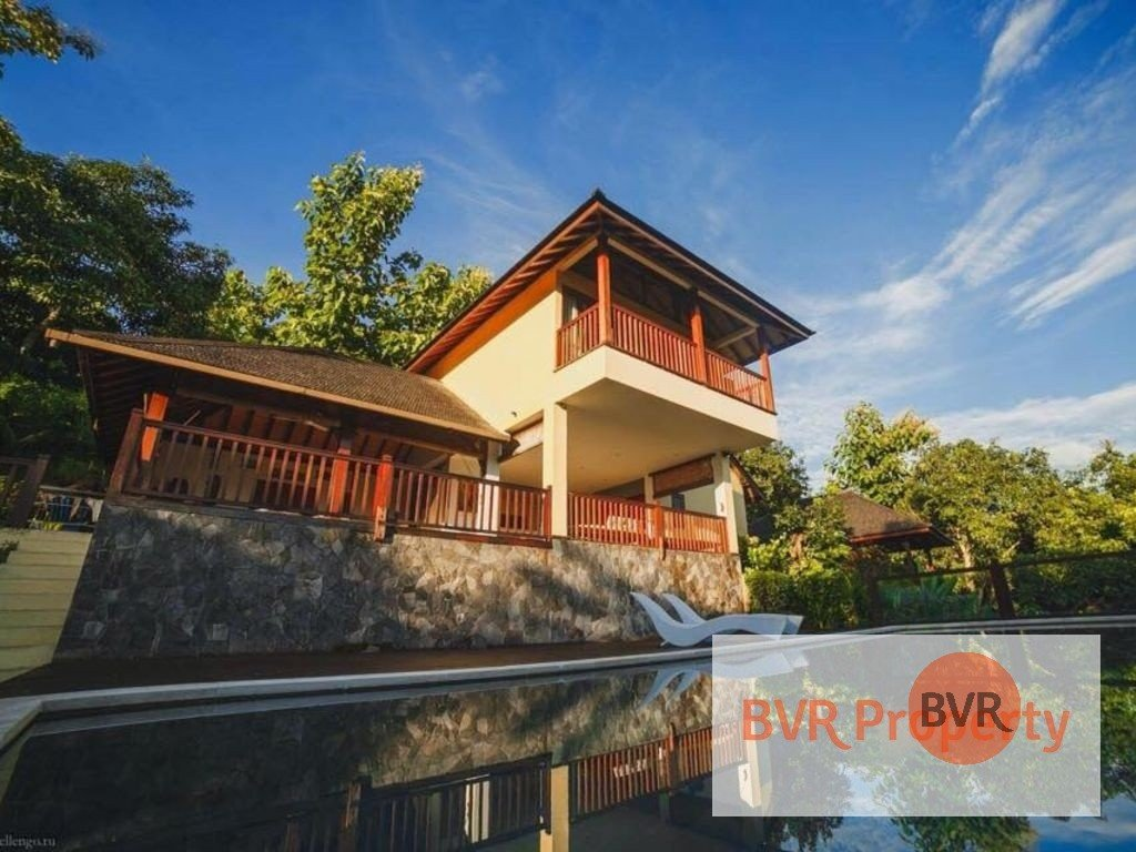 Beautiful House With 180 View On Lovina Bay For Sale In Freehold Bvr Property