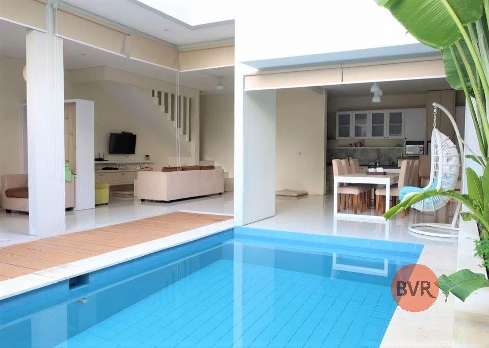 3 Bedroom Tranquil Villa Close to the Heart of Seminyak