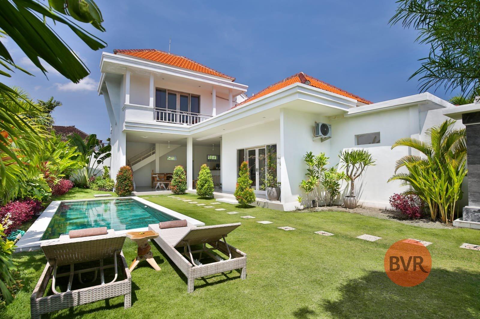 Walk To Batu Belig Beach and Good Access to Restaurants 2 Bedrooms Villa (RENTED)