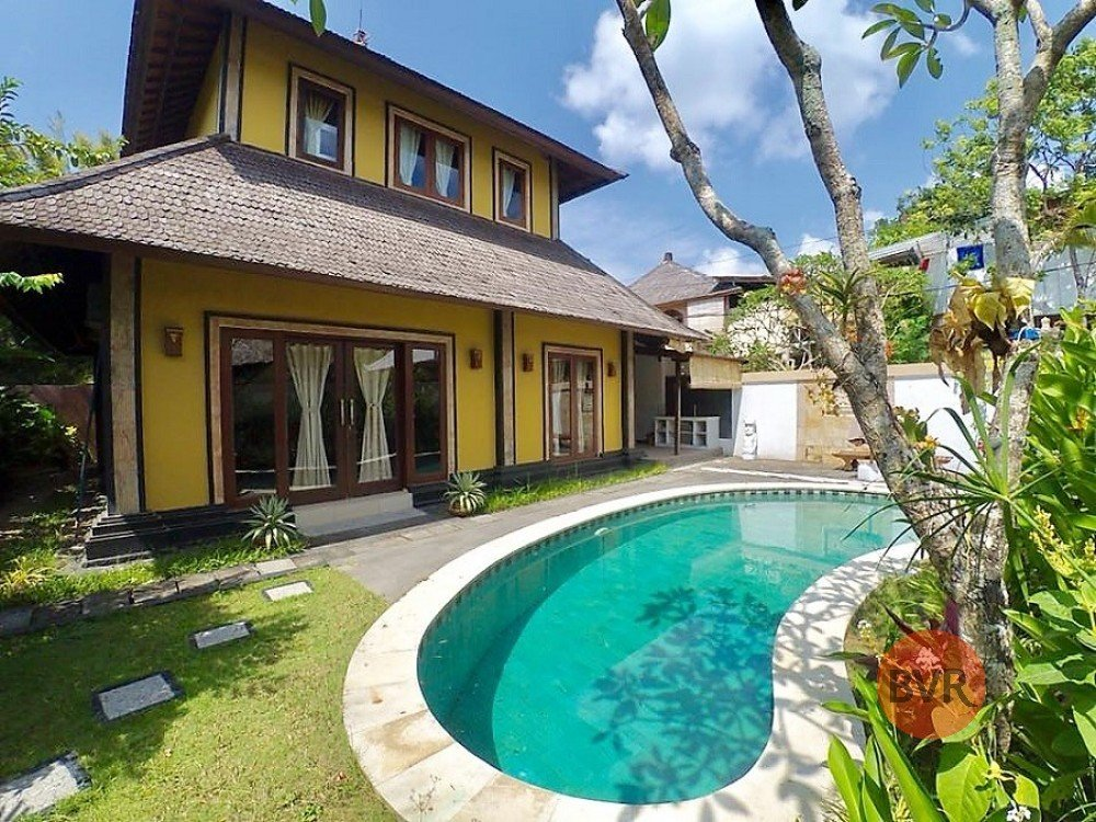 Walking Distance to Restaurants and Beach 3 Bedroom Canggu (RENTED)