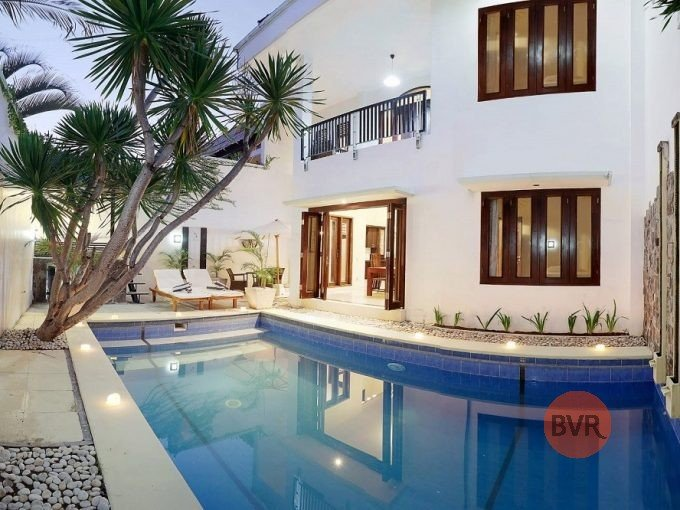 Lovely 4 Bedroom Villa Kerobokan