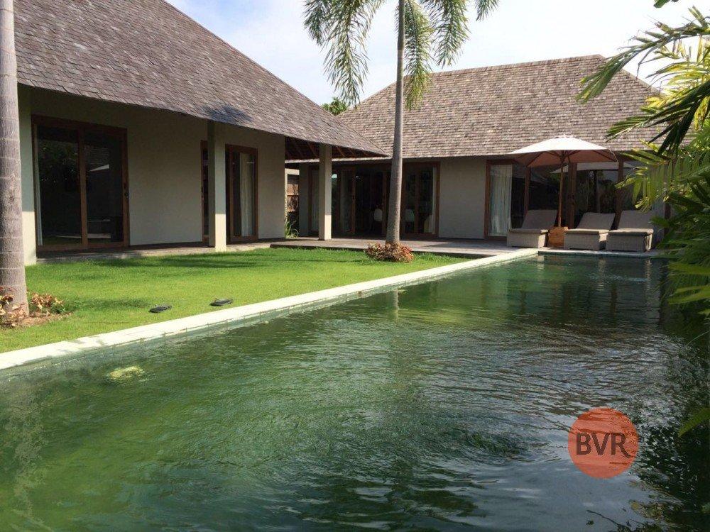 Relaxing Quiet 3 Bedroom Villa with Nice Gardens Umalas
