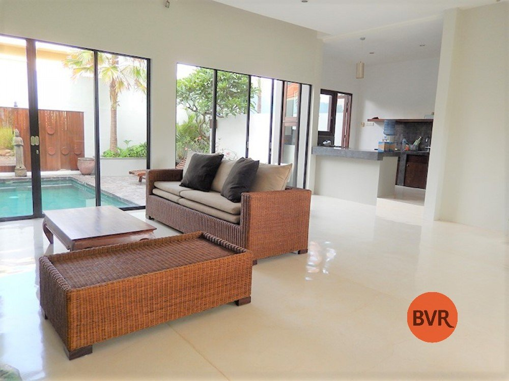 Great Strategic Location 3 BR Villa To Live Central Seminyak