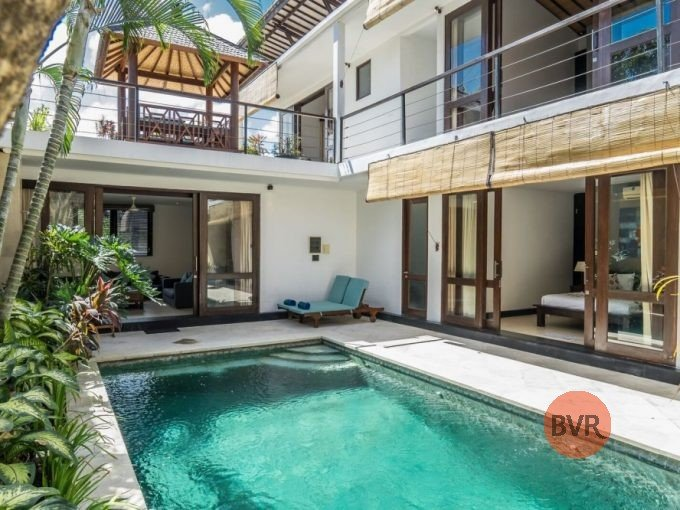 Bali Villa for Rent 2 Floors in Kerobokan