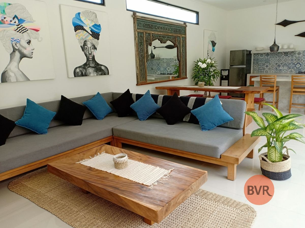 Chic 3 Bedroom Villa To Live Batu Belig (Available 7th Oct 2019)