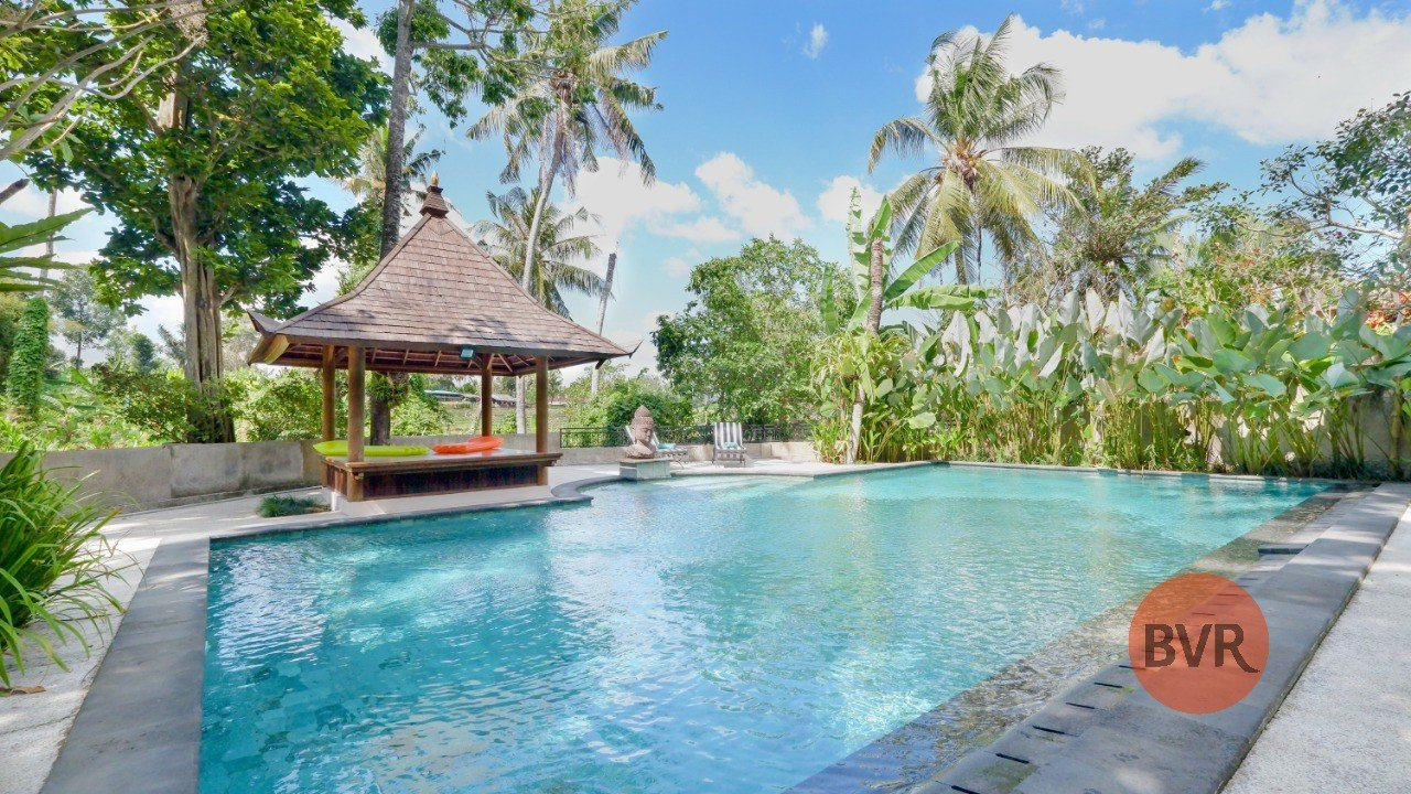 6 Bedrooms Villa with Ricefield View in Pererenan Canggu