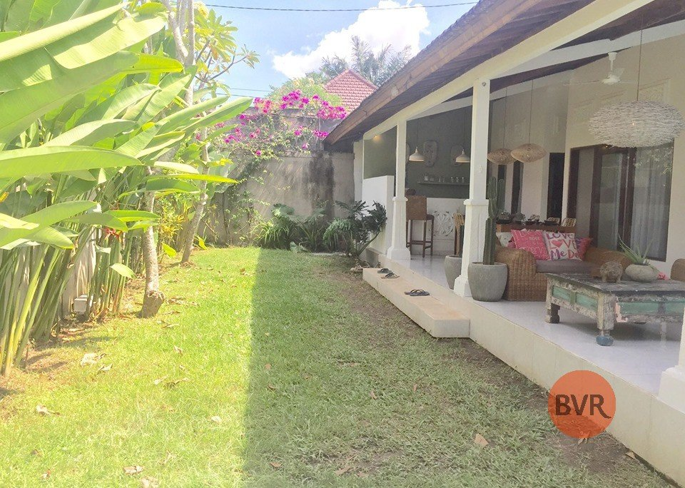 Freshly Renovated 3 Bedrooms Villa Near Central Seminyak