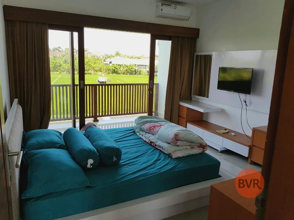 Hot Deal Tranquil 3 BR Villa with Rice Fields View Kerobokan