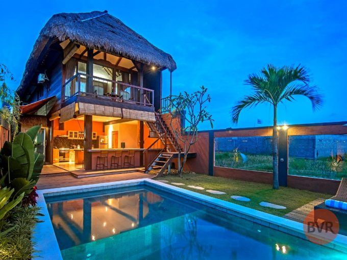 Bali Villa for Rent in Kerobokan Rice Fields View