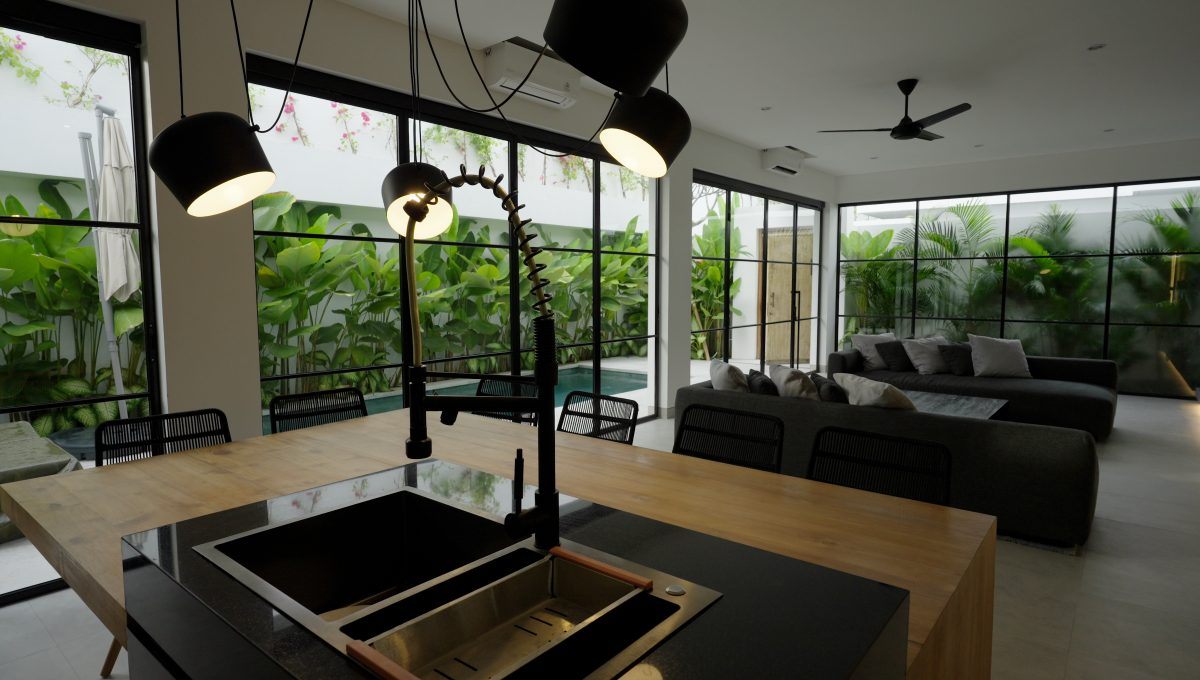 2 Bed - Lounge room
