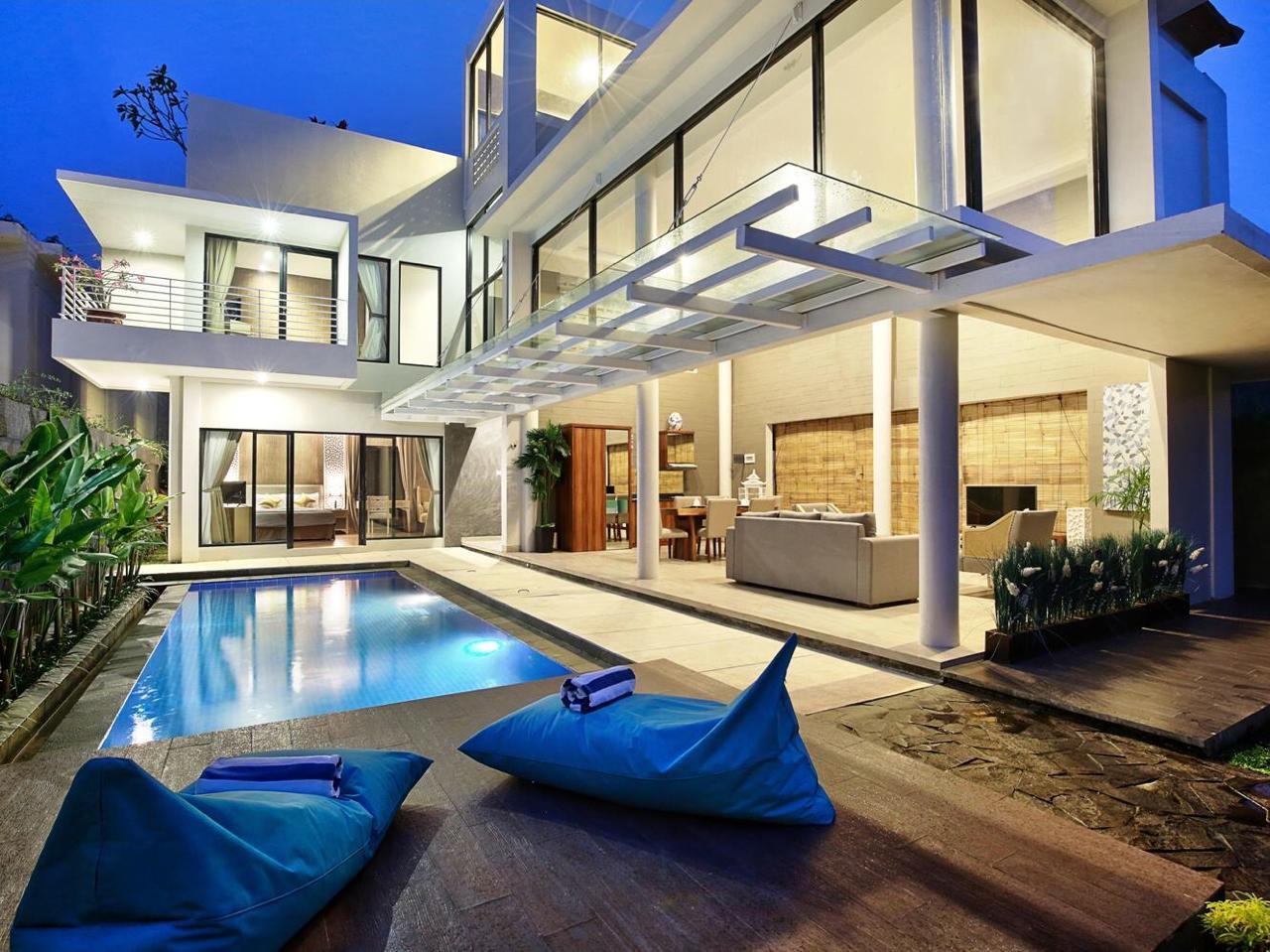 Gorgeous Modern Minimalist 2 Bedroom Villa at Nusa Dua